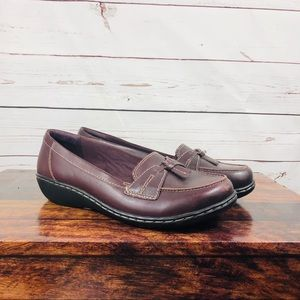Clarks Motion Brown Leather Loafers Flats Size 8XW